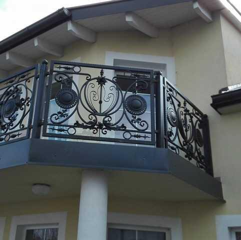Top 3 - Apartment mit Balkon und Erker