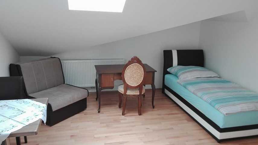Low-Budget-Apartment | möblierte Zimmer | Privatzimmer | 1-ZimmerWohnung